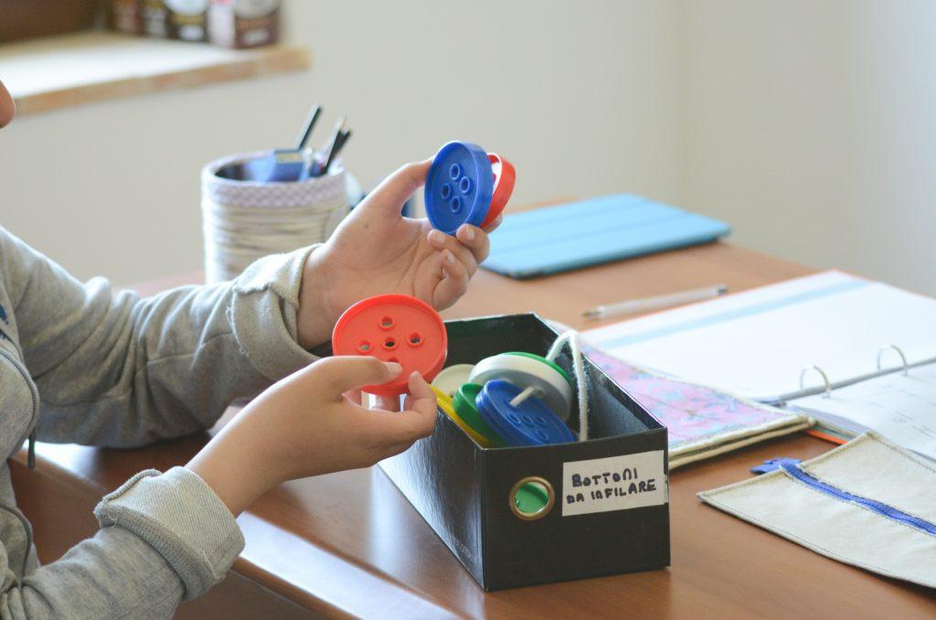 Disabilità motorie o sensoriali: ecco come scegliere il giocattolo più adatto